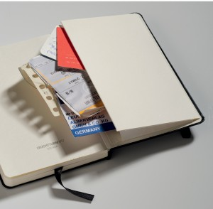 Study pocket in the back provides the perfect storage for all the loose paper you can accumulate